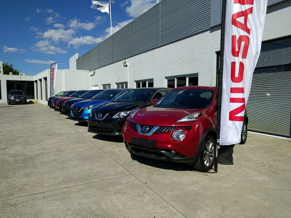 dealership-nissan-suv